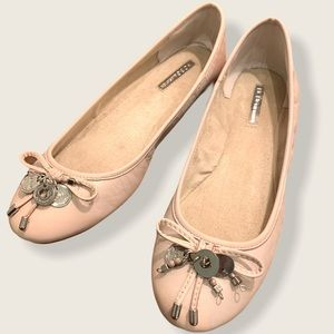 BCBG pink ballet flats with charms